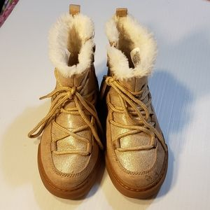 Gymboree Gold Faux Fur Lace Up Boots Toddler sz 10